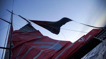 Dongfeng mast damage