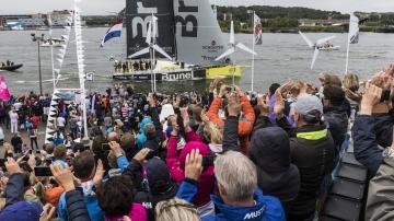Inmarsat In-Port Race